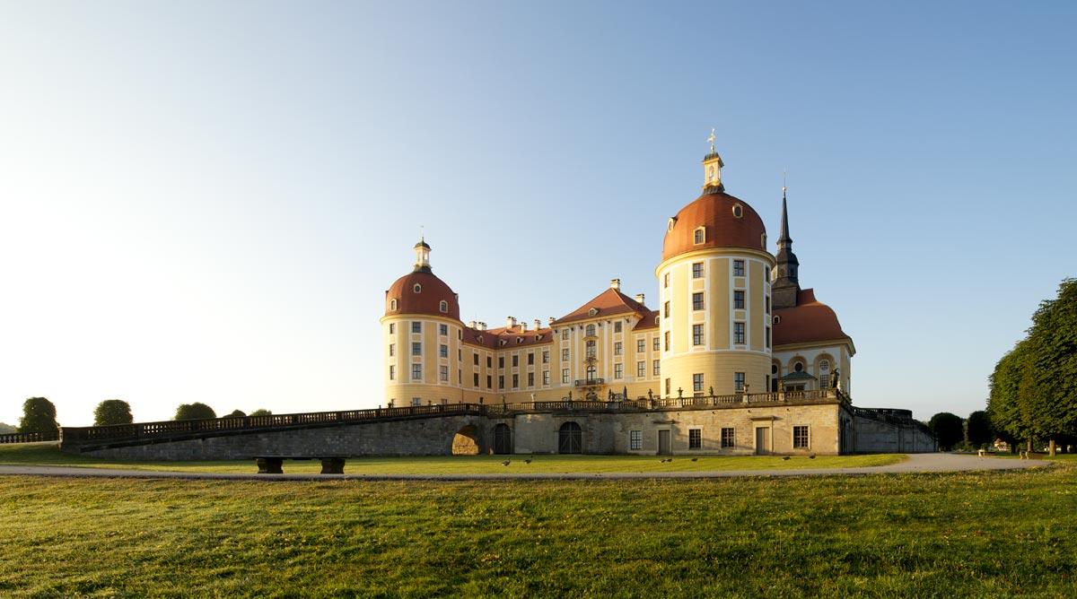 Schloß Moritzburg im Sommer